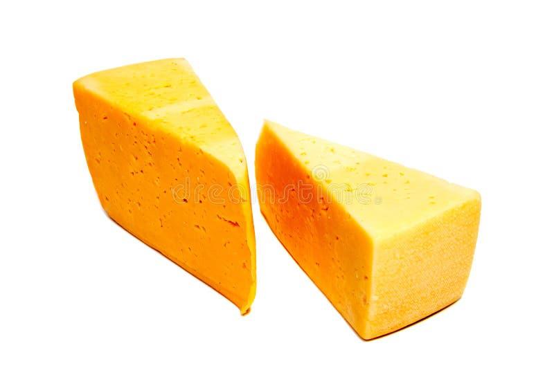 Bloque del queso aislado en el recorte blanco del fondo fotos de archivo