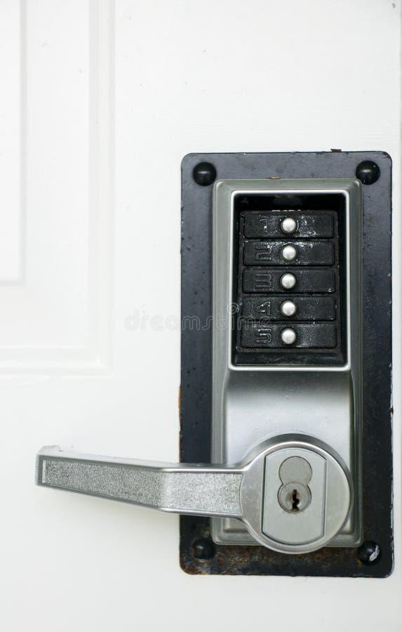 Bloqueo de puerta de la seguridad imagen de archivo libre de regalías