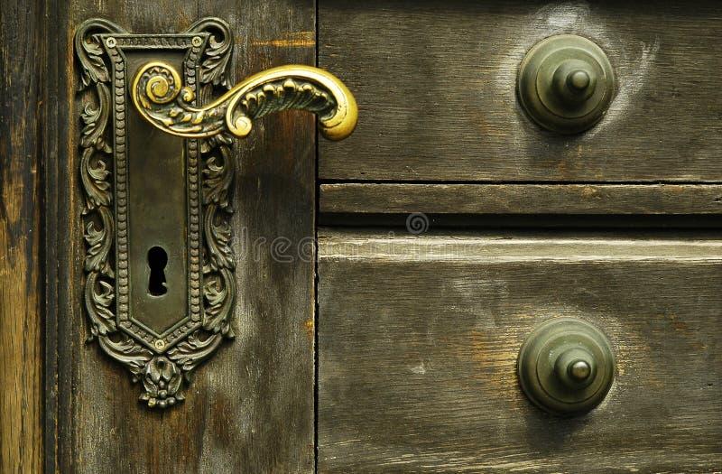 Bloqueo de puerta ornamental imágenes de archivo libres de regalías