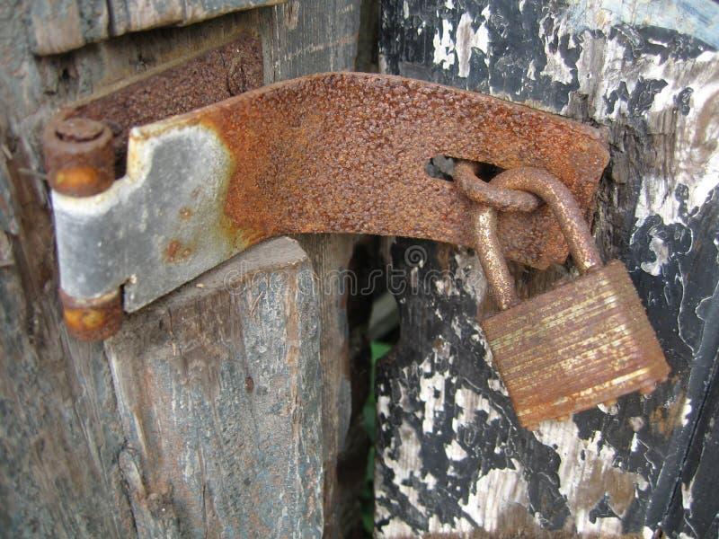 Download Bloqueo y bisagra oxidados foto de archivo. Imagen de pintura - 179880
