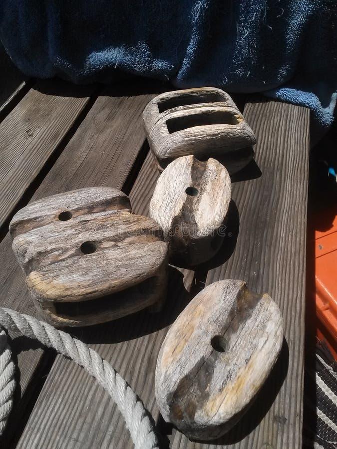 Bloques de madera del velero fotografía de archivo libre de regalías