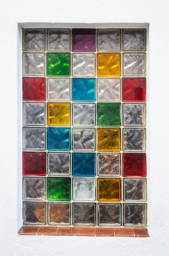 Bloques de vidrio de la ventana coloridos en la pared - Bloque de vidrio precio ...