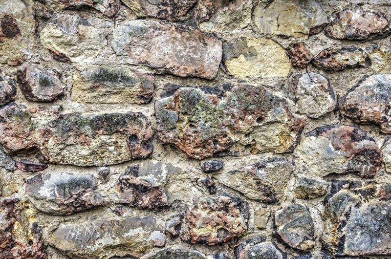Bloques en una pared de piedra de la marga fotos de archivo