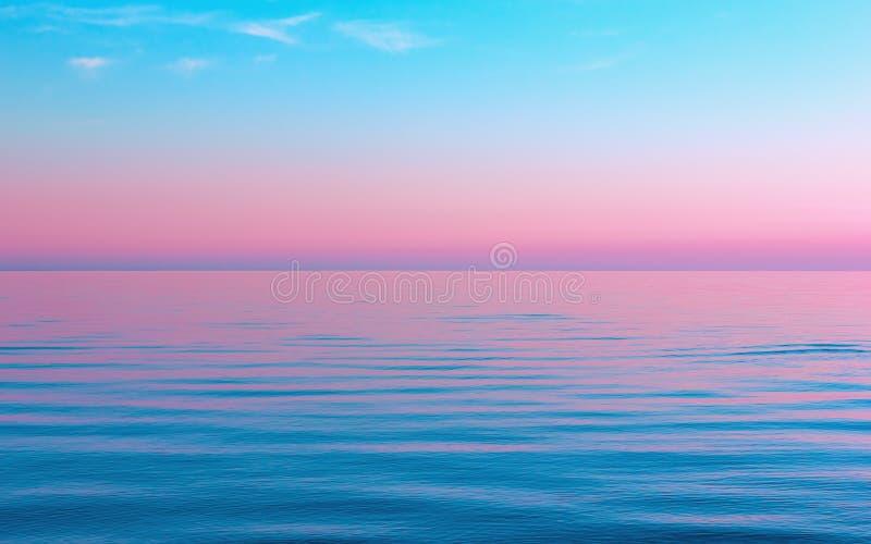 Blu calmo astratto con il fondo rosa di vista sul mare immagini stock libere da diritti