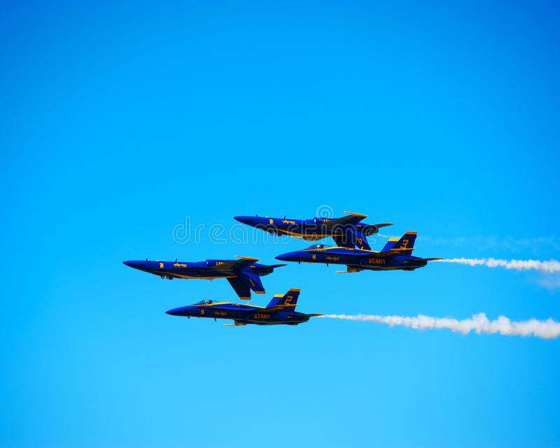 Download Blue Angles Inverted Formation Editorial Photography - Image: 27592967