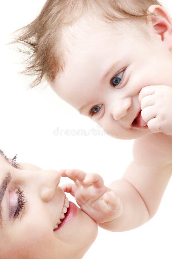 blue chłopcy dziecko mamo się dotykania szczęśliwy obraz royalty free