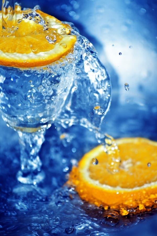 blue cold fresh orange slices water στοκ εικόνα