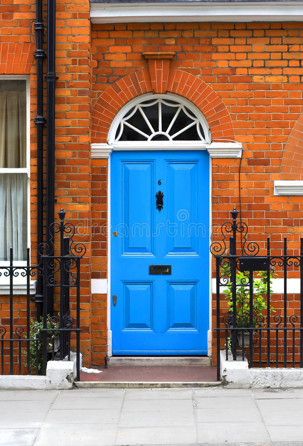 Free Blue Door Royalty Free Stock Images - 3868359