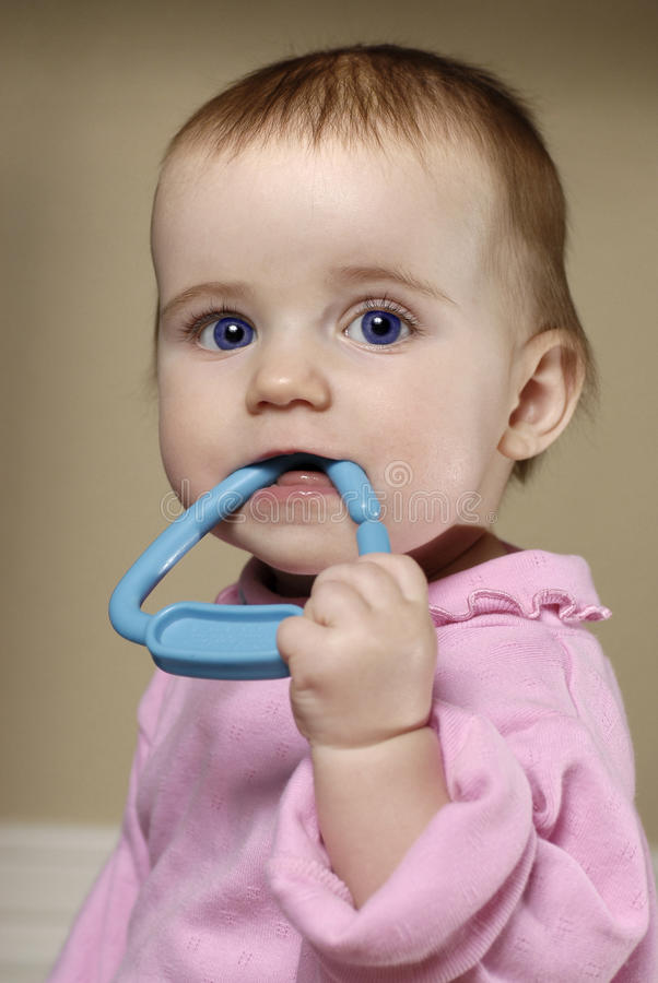 Free Blue Eye Baby Girl Royalty Free Stock Image - 22673196