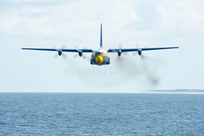 Blue Flying Airplane Free Public Domain Cc0 Image