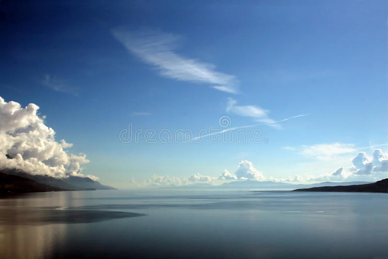 Download Blue horizon stock image. Image of horizon, skyline, ocean - 17538565