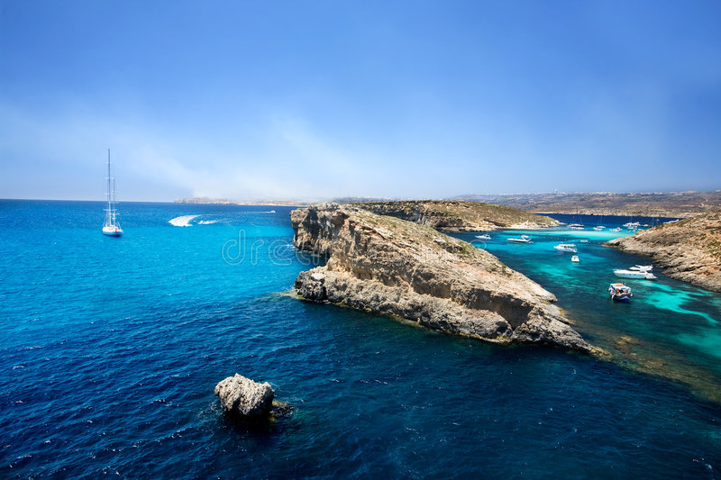 Download Blue Lagoon, Comino Royalty Free Stock Photos - Image: 5673618