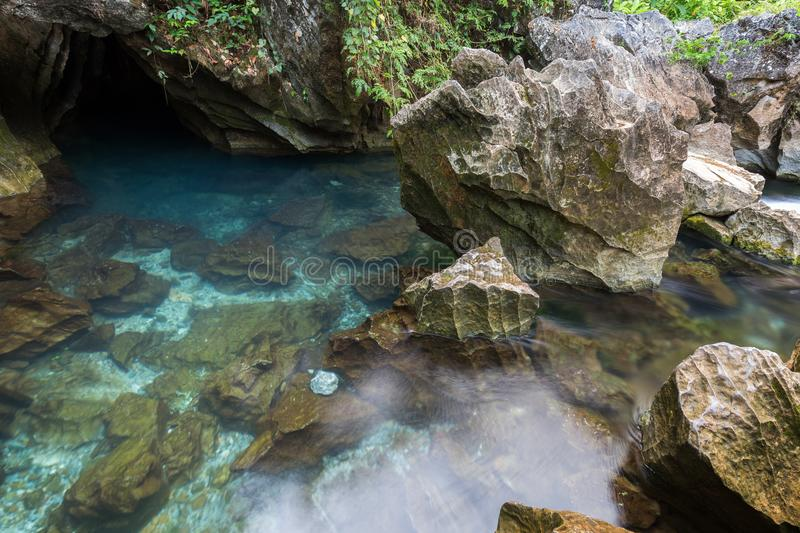 Blue lagoon in Vang Vieng stock photography