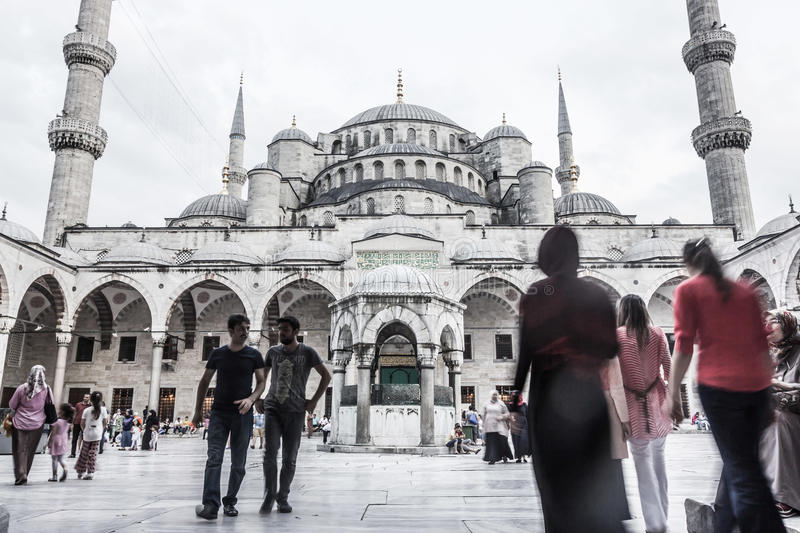 BLUE MOSQUE COURTYARD stock photography