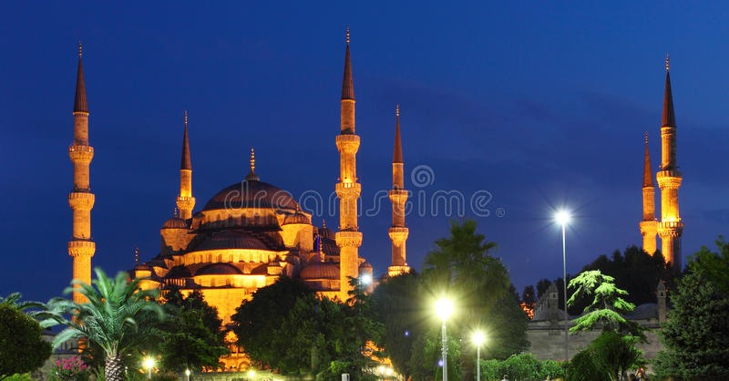 Download Blue Mosque At Night In Istanbul Stock Image - Image of color, clouds: 24784697