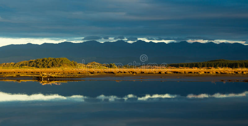 Download Blue Mountain Reflection Royalty Free Stock Image - Image: 31534986