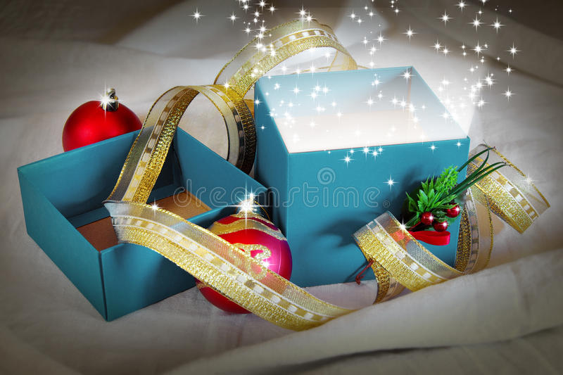 Download Blue Present Royalty Free Stock Image - Image: 35240546