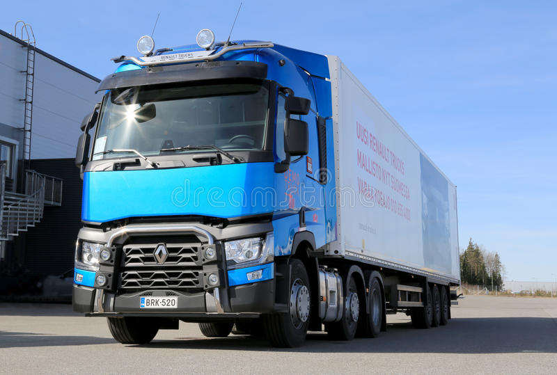 Blue Renault T460 Truck for Long Haul royalty free stock image