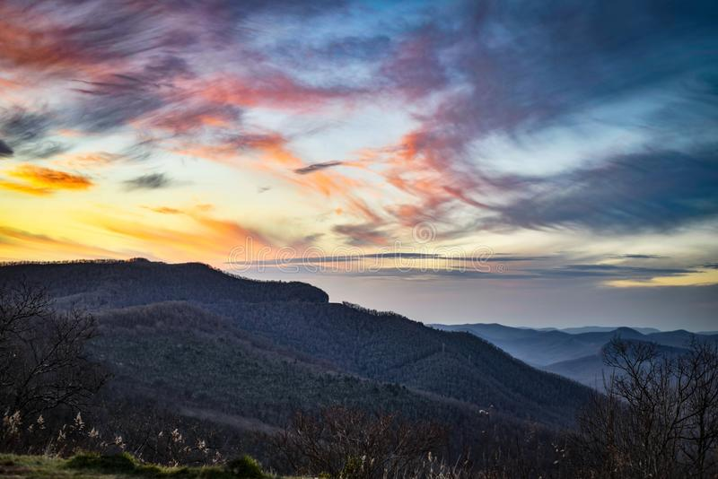 Blue Ridge Mountains przy półmrokiem obraz royalty free