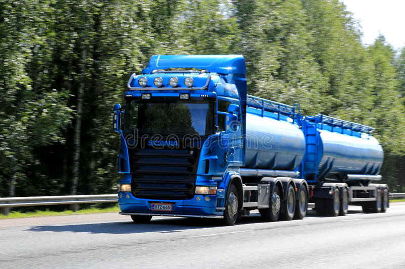 Download Blue Scania Tanker Truck In High Speed Editorial Image - Image of duty, company: 43660090