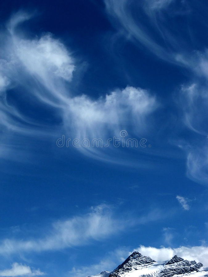 Free BLUE SKY 2 Royalty Free Stock Image - 2032646