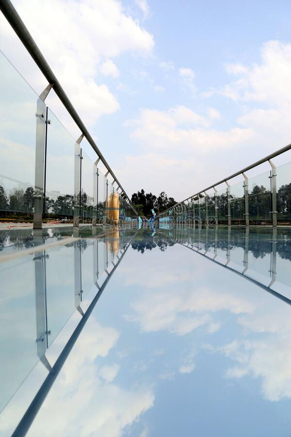 Free Blue Sky, White Clouds And Glass Plank Royalty Free Stock Photos - 177882238