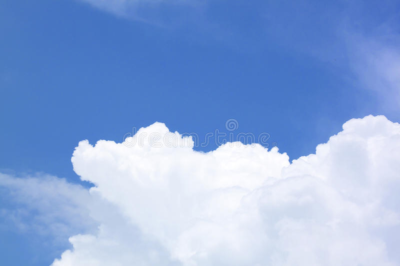 Download Blue sky stock photo. Image of beauty, light, nature - 33530418