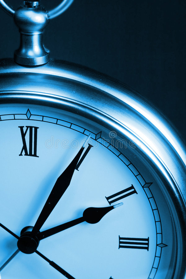 Free Blue Time Clock Royalty Free Stock Photography - 2221087