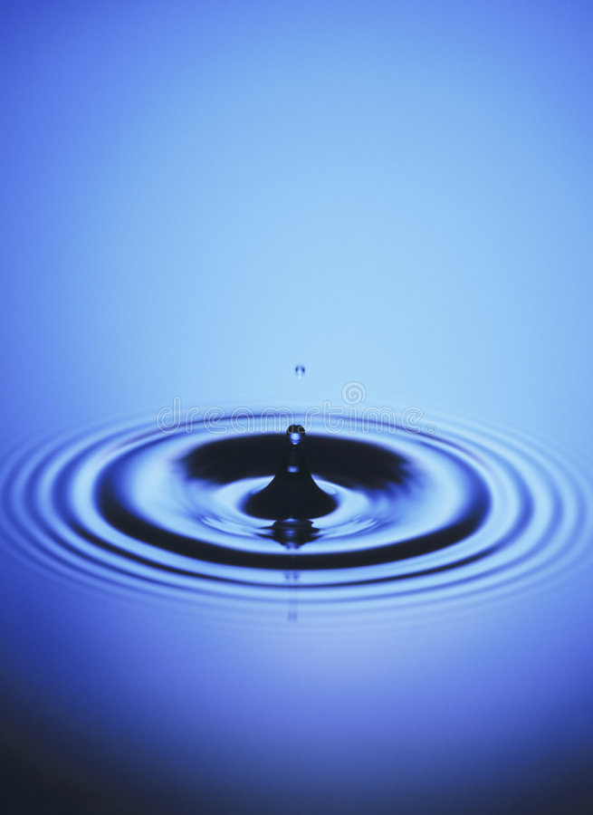 Free Blue Water Drop Stock Photo - 3275850
