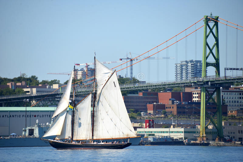 Bluenose II in de Haven van Halifax royalty-vrije stock fotografie