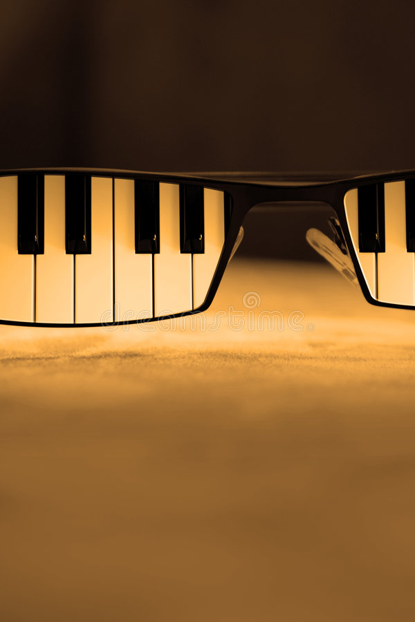 Free Blues Glasses Stock Photography - 7178512