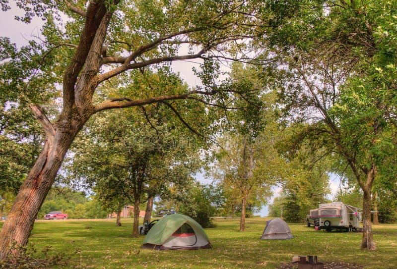 Bluestem rekreationsområde för sjöstaten är en campa fläck i Nebrask fotografering för bildbyråer