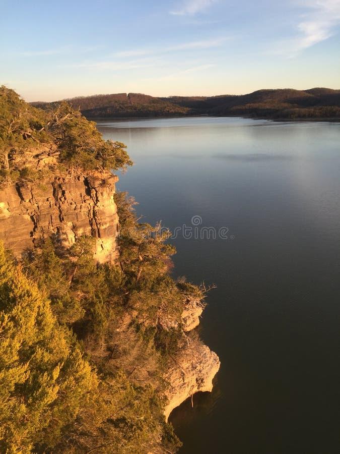 Bluffs sur le lac rock de Tableau image libre de droits