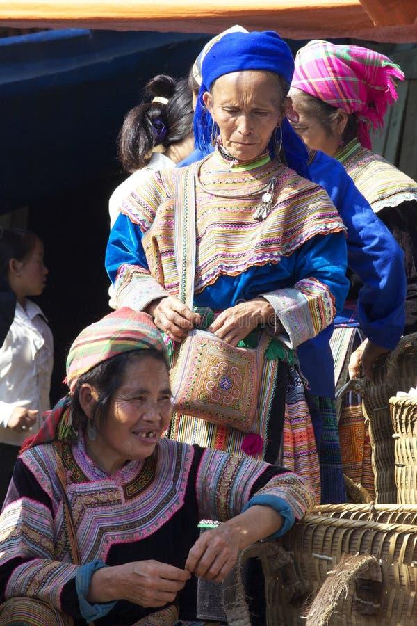 Blume Hmong Minorität-Leute Vietnam stockfotos