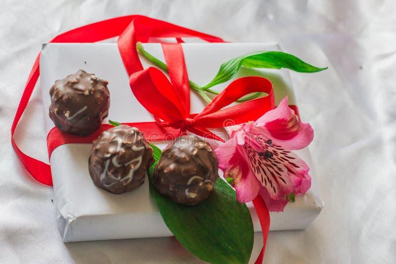Blumen und Bonbons stockfotografie