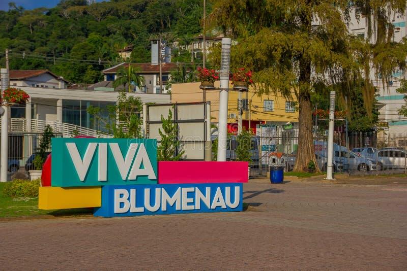 BLUMENAU, BRASIL - 10 DE MAIO DE 2016: sinal do blumenau do viva situado no centro da cidade imagem de stock royalty free