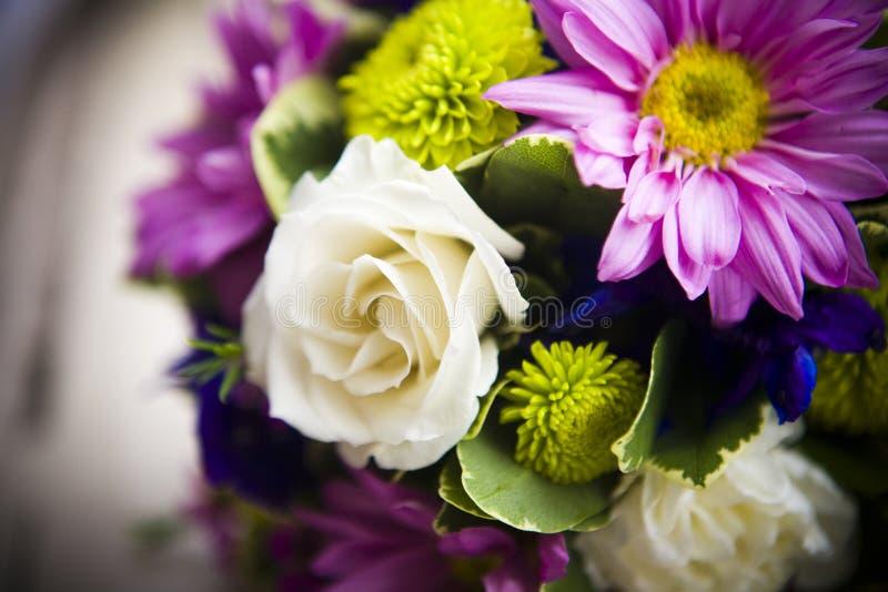 Blumenblumenstrauß lizenzfreie stockfotos