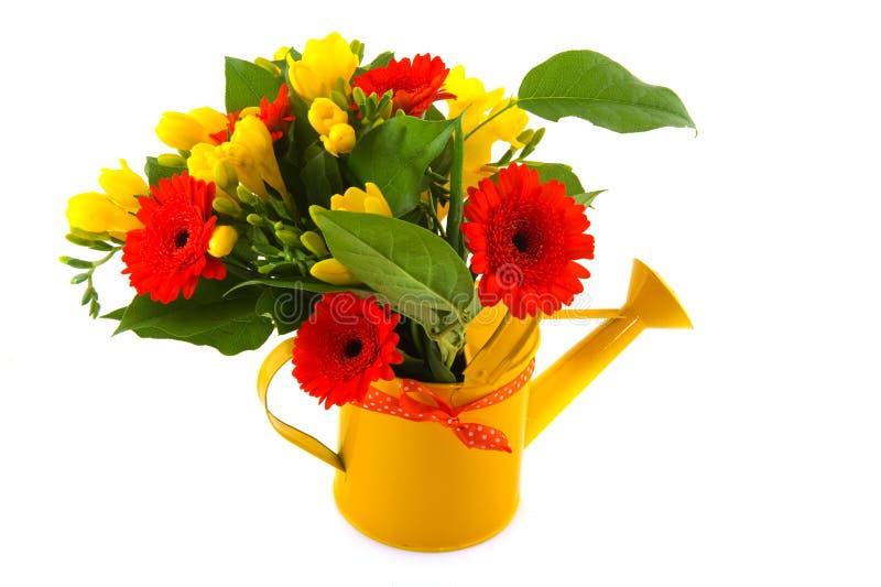 Blumenblumenstrauß in der Orange und im Gelb stockfoto