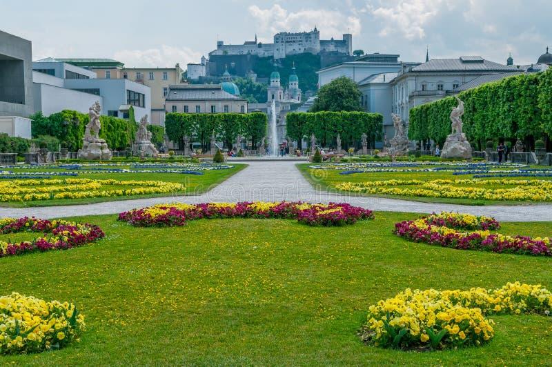 Blumengarten in Salzburg-Stadt lizenzfreie stockfotos