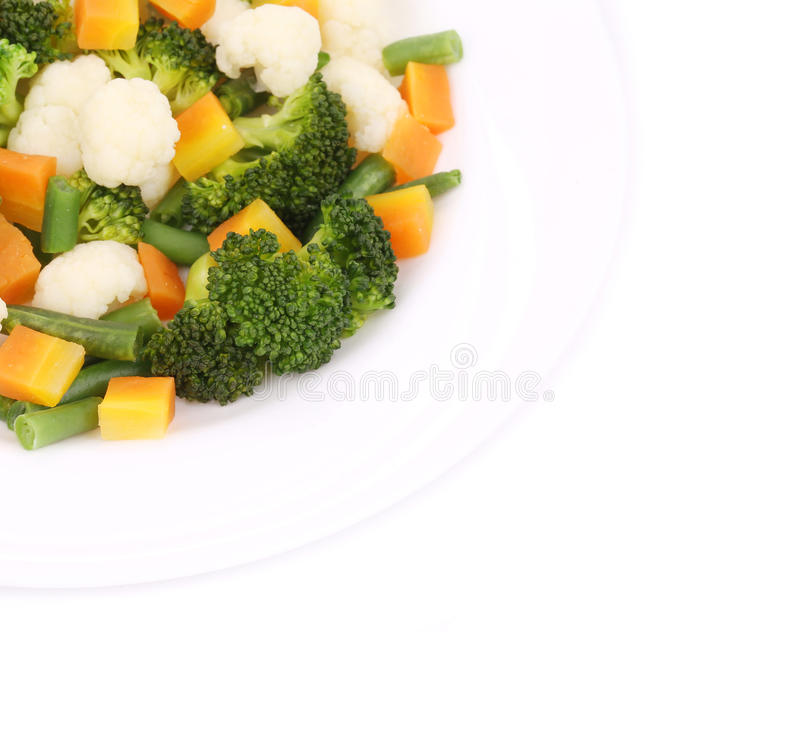Blumenkohlsalat mit Brokkoli und Karotte lizenzfreies stockbild