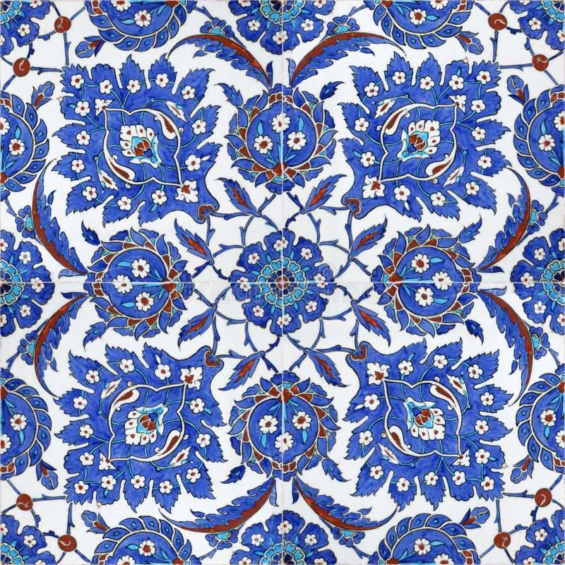 Blumenmuster auf Osmanefliesen, Istanbul, Truthahn lizenzfreie stockbilder