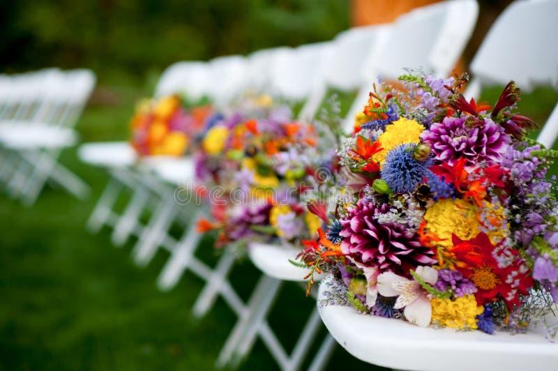 Blumensträuße der Brautjunfern lizenzfreie stockfotos