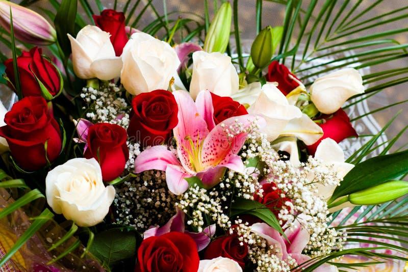 Blumenstrauß der Braut stockbild