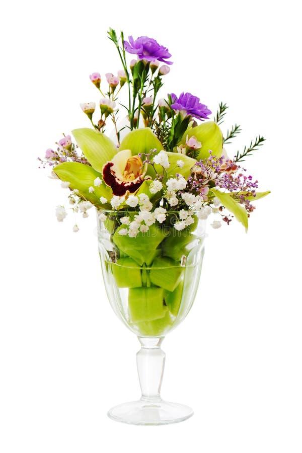 Blumenstrauß der Orchideen, der Rosen und des Gartennelkenanordnung cente stockfotografie