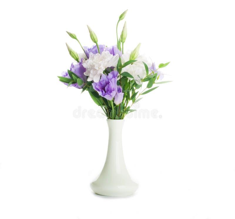 Download Blumenstrauß Vom Weiß Und Vom Rosa Stockfoto - Bild von hochzeit, blume: 27734924