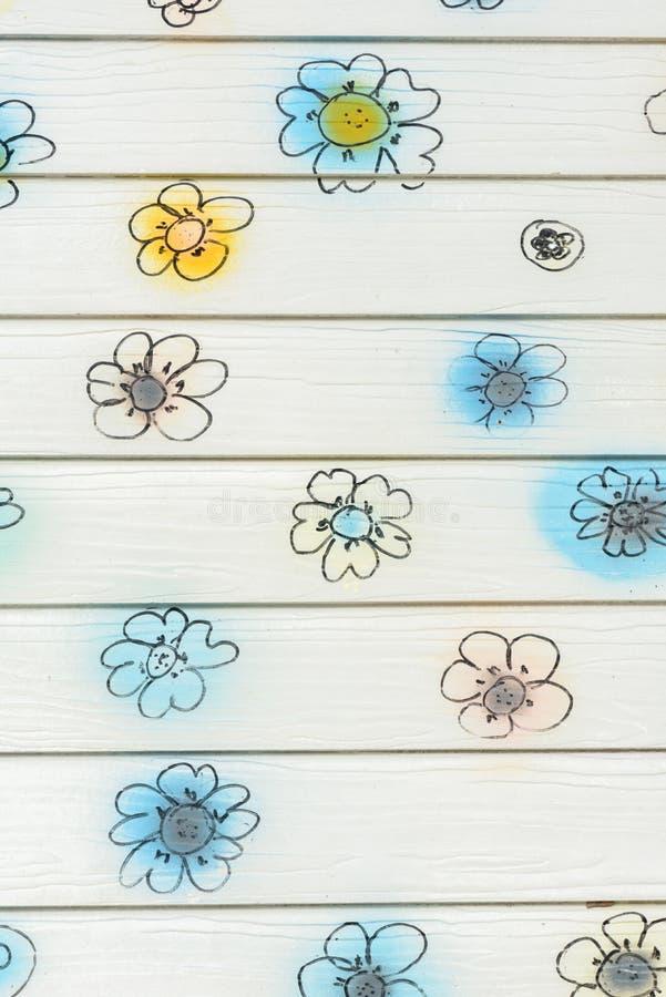 Blumenwand lizenzfreie stockbilder