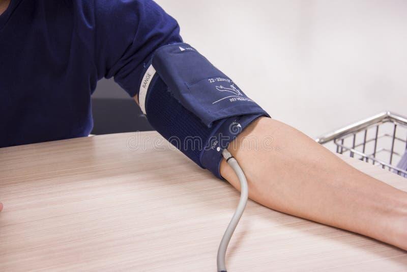 Blutdruck digital lizenzfreies stockbild