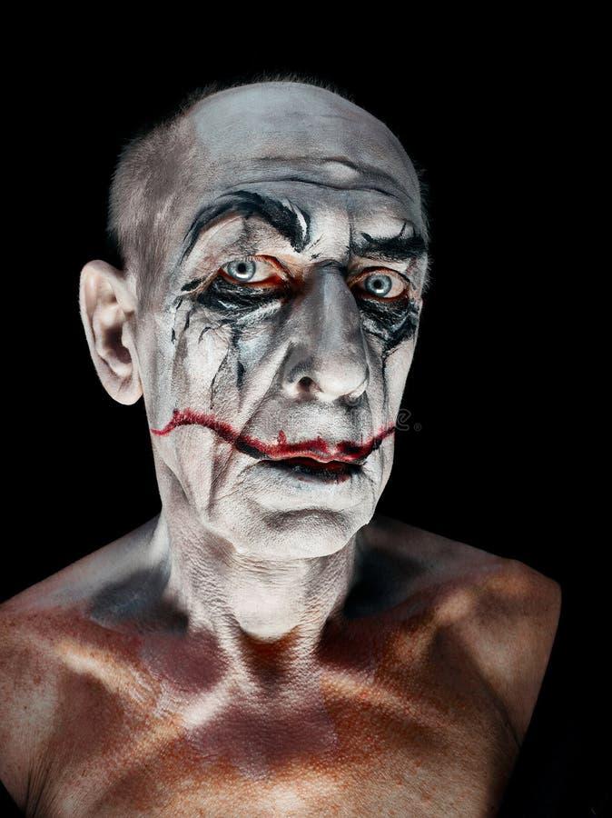 Blutiges Halloween-Thema: verrücktes maniak Gesicht lizenzfreies stockfoto