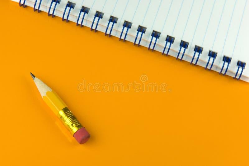 blyertspennakortslutning arkivbilder