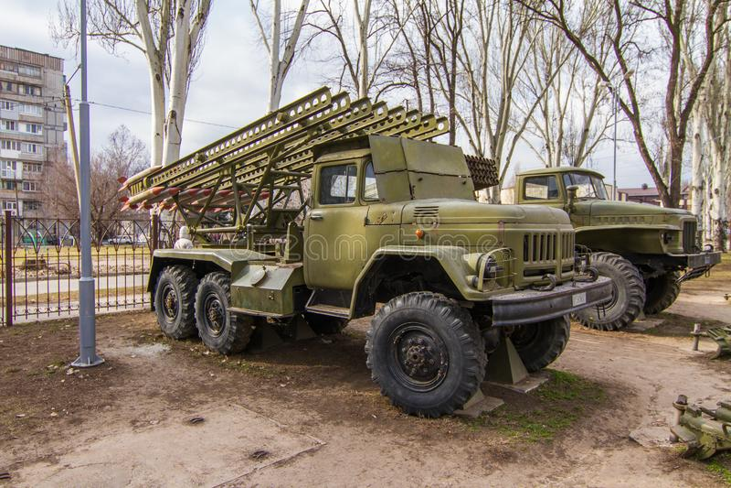 BM-13NMM - Σοβιετική μηχανή Katyusha πάλης πυροβολικού πυραύλων στοκ φωτογραφίες με δικαίωμα ελεύθερης χρήσης